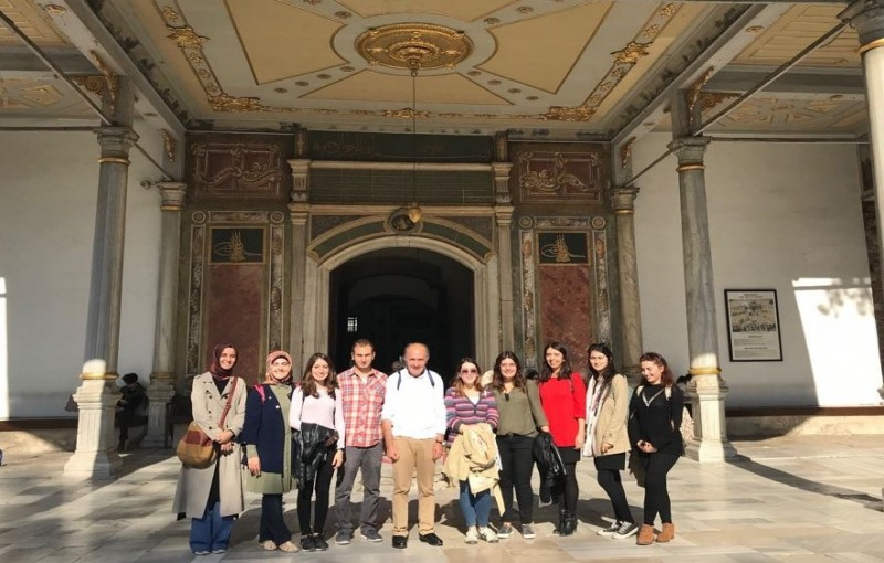 Yagci group has visited Topkapi Museum as part of cultural activities. The visit was guided by group member Busra Nakipoglu.
